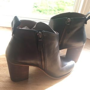 black leather BP healed boots